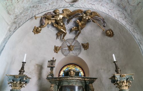 Interior Orchesta church