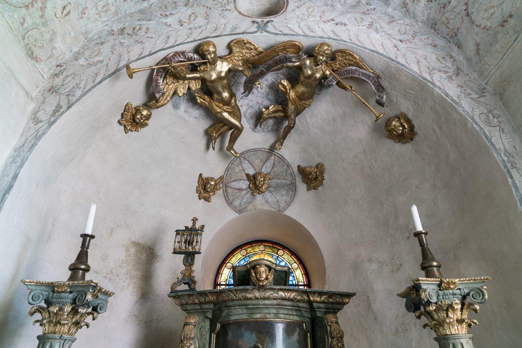 Interior of Orchesta church